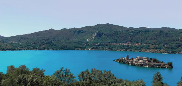 Lago d'Orta panorama booking piemonte