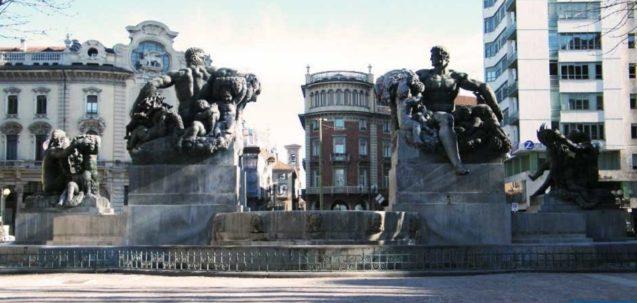 Fontana di Piazza Solferino Torino
