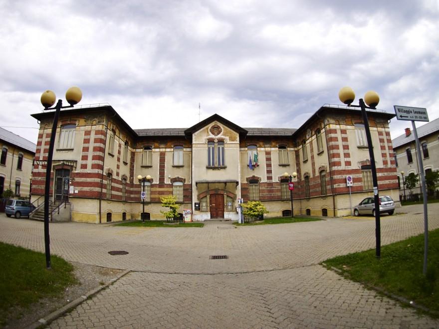 Una delle palazzine del rivoluzionario Villaggio Leumann, ai confini tra Torino e Collegno