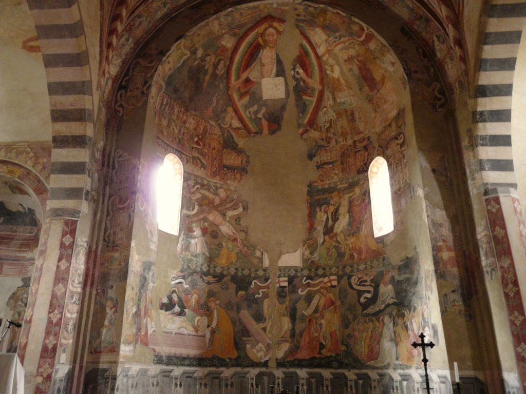 Gli affreschi che caratterizzano l'abside di Santa Giustina a Sezzadio