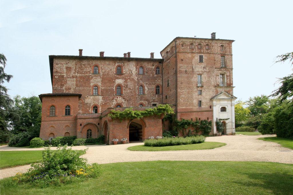 Il castello di Pralormo, dove è stata ricreata l'atmosfera della vita nobiliare