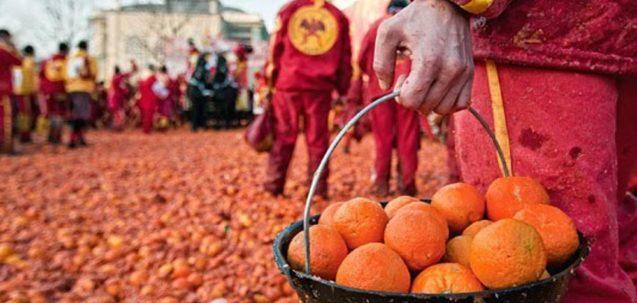 carnevale di ivrea - battaglia delle arance - booking piemonte
